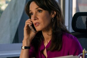 "Jennifer Beals as Bette Porter in THE L WORD: GENERATION Q, ""Less is More""."
