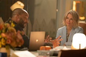 """Donald Faison as Tom and Leisha Hailey as Alice in THE L WORD: GENERATION Q """"Lake House""""."""